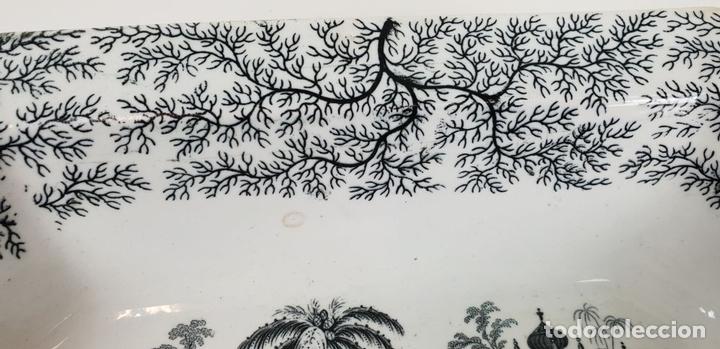 Antigüedades: PAREJA DE BANDEJAS. PORCELANA ESMALTADA. PICKMAN. SEVILLA. SIGLO XIX. - Foto 7 - 132886978