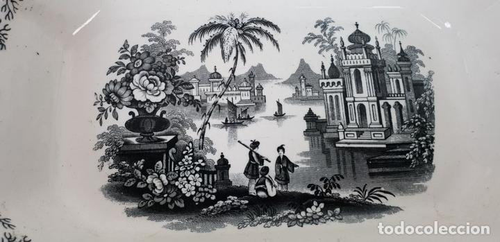 Antigüedades: PAREJA DE BANDEJAS. PORCELANA ESMALTADA. PICKMAN. SEVILLA. SIGLO XIX. - Foto 9 - 132886978