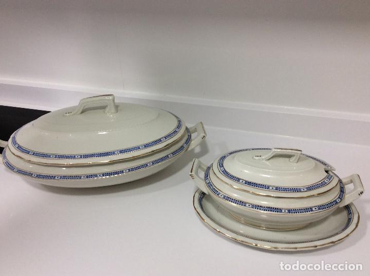 Antigüedades: Vajilla de porcelana opaca San Juan de Aznalfarache 36 piezas greca griega y filo de oro Circa 1900 - Foto 2 - 132900330