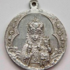Antigüedades: MEDALLA VIRGEN - NUESTRA SEÑORA DE LA FUENSANTA - 21 DE ABRIL 1927 - PATRONA CORONADA DE MURCIA. Lote 132921958
