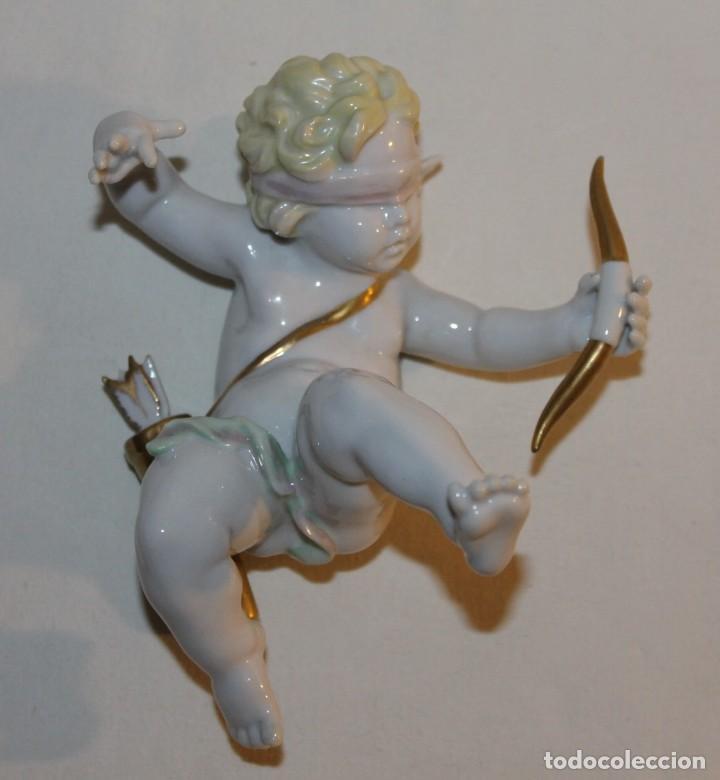 ÁNGEL CUPIDO EN PORCELANA ESMALTADA - FIRMADO MARTINU - MEDIADOS SIGLO XX (Antigüedades - Hogar y Decoración - Figuras Antiguas)