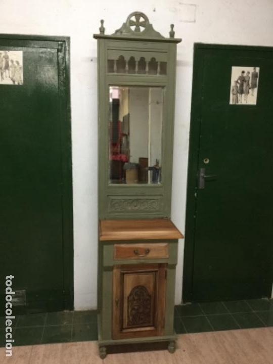 PREIOSO MUEBLE-PERCHERO, RESTAURADO, PINTADO CON VERDE OLIVA ANNIE SLOAN. ÚNICO. (Antigüedades - Muebles Antiguos - Auxiliares Antiguos)