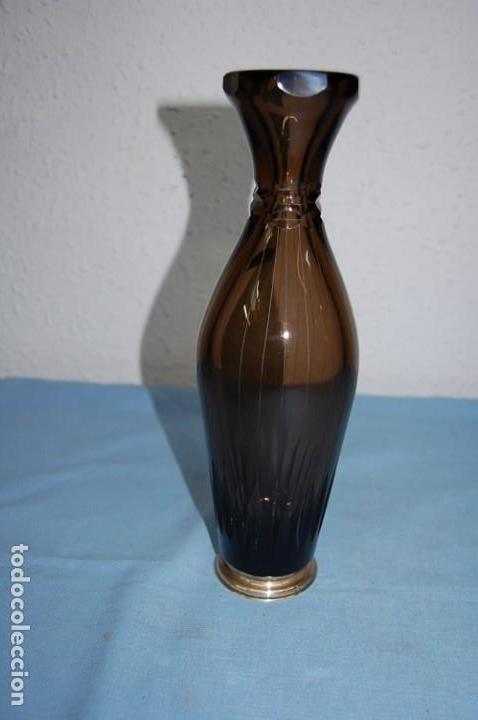JARRON BOHEMIO CON ADORNOS EN NIQUEL DE PLATA (Antigüedades - Cristal y Vidrio - Bohemia)