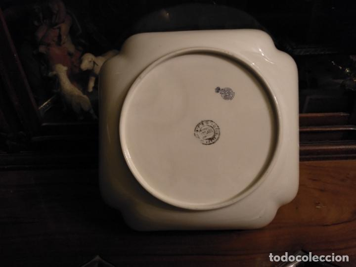 Antigüedades: GRAN BOL ENSALADERA CUADRADA CON FORMAS - ceramica porcelana opaca sello san juan - tipo pickman - Foto 3 - 133058554