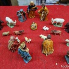 Antigüedades: LOTE DE DIFERENTES FIGURAS DE BELEN HECHOS EN TERRACOTA DE MEDIADOS DEL SIGLO XX. Lote 133102790