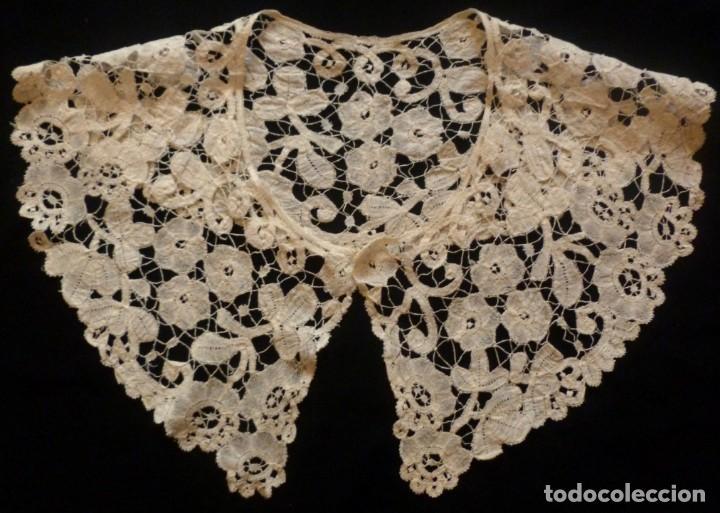 Antigüedades: ANTIGUA CAPELINA DE ENCAJE DUQUESA BRUSELAS . XIX - Foto 2 - 180252958