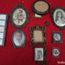 Antigüedades: LOTE DE PORTAFOTOS DE DIFERENTES METALES DE MEDIADOS DEL SIGLO XX. Lote 133137926