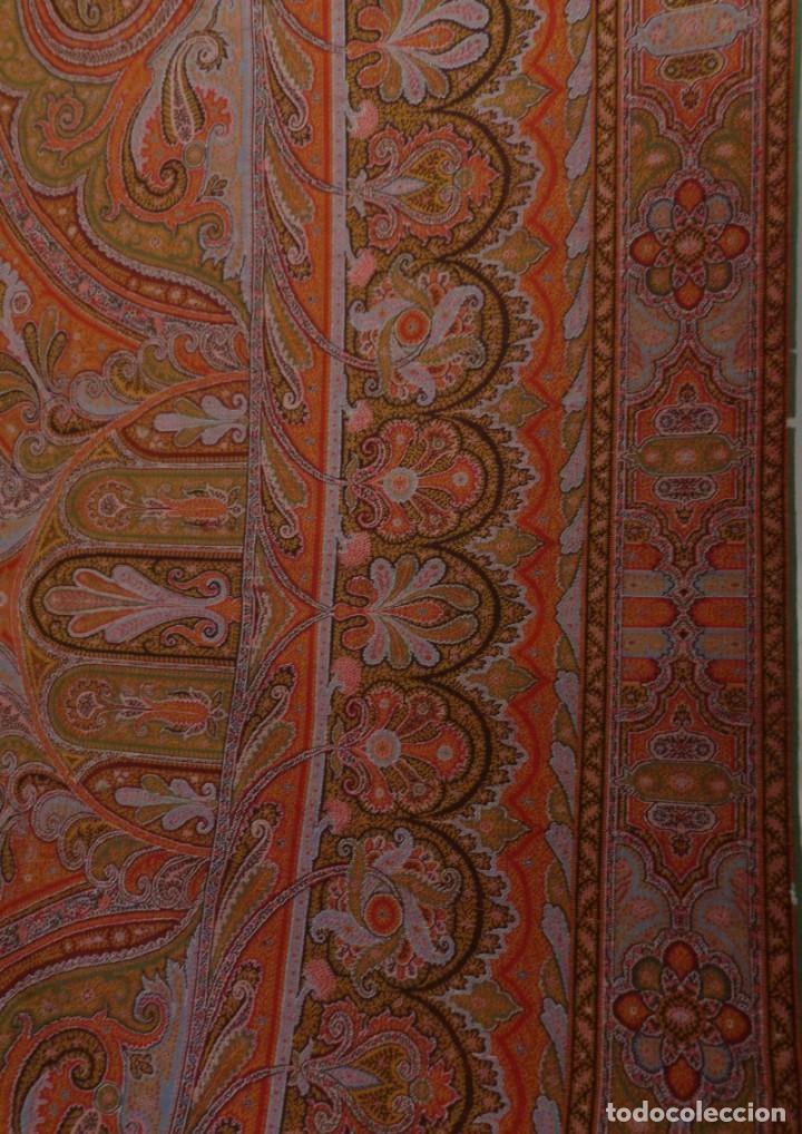 Antigüedades: ANTIGUO MANTÓN ALFOMBRADO DE CACHEMIR - S.XIX - Foto 4 - 133144446
