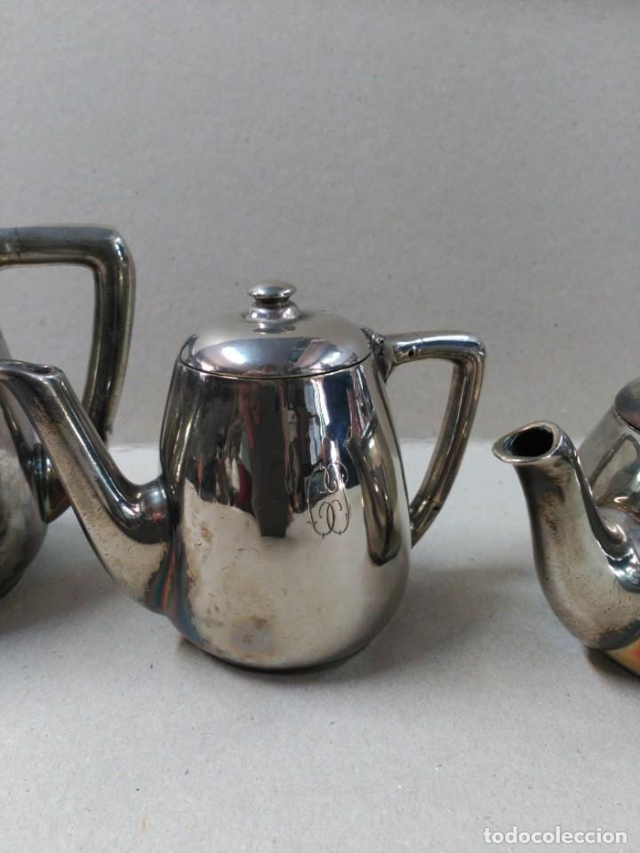 Antigüedades: JUEGO DE CAFE / TE METAL PLATEADO 3 PIEZAS - Foto 3 - 133147642