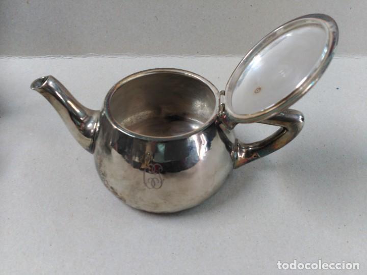 Antigüedades: JUEGO DE CAFE / TE METAL PLATEADO 3 PIEZAS - Foto 26 - 133147642