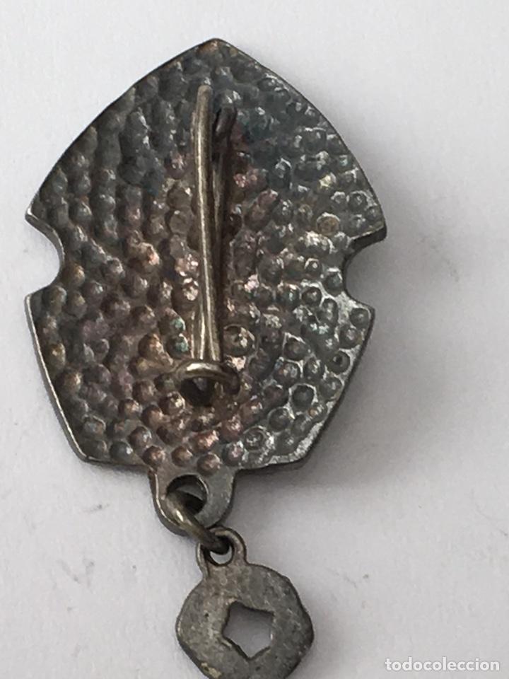 Antigüedades: Pin fallero plata de ley Grao de malilla medida 2x4cm - Foto 3 - 133186431