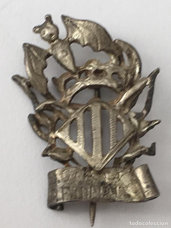 PIN FALLERO PLATA DE LEY PUEBLA FARNALS MEDIDA 3X2CM (Antigüedades - Platería - Plata de Ley Antigua)