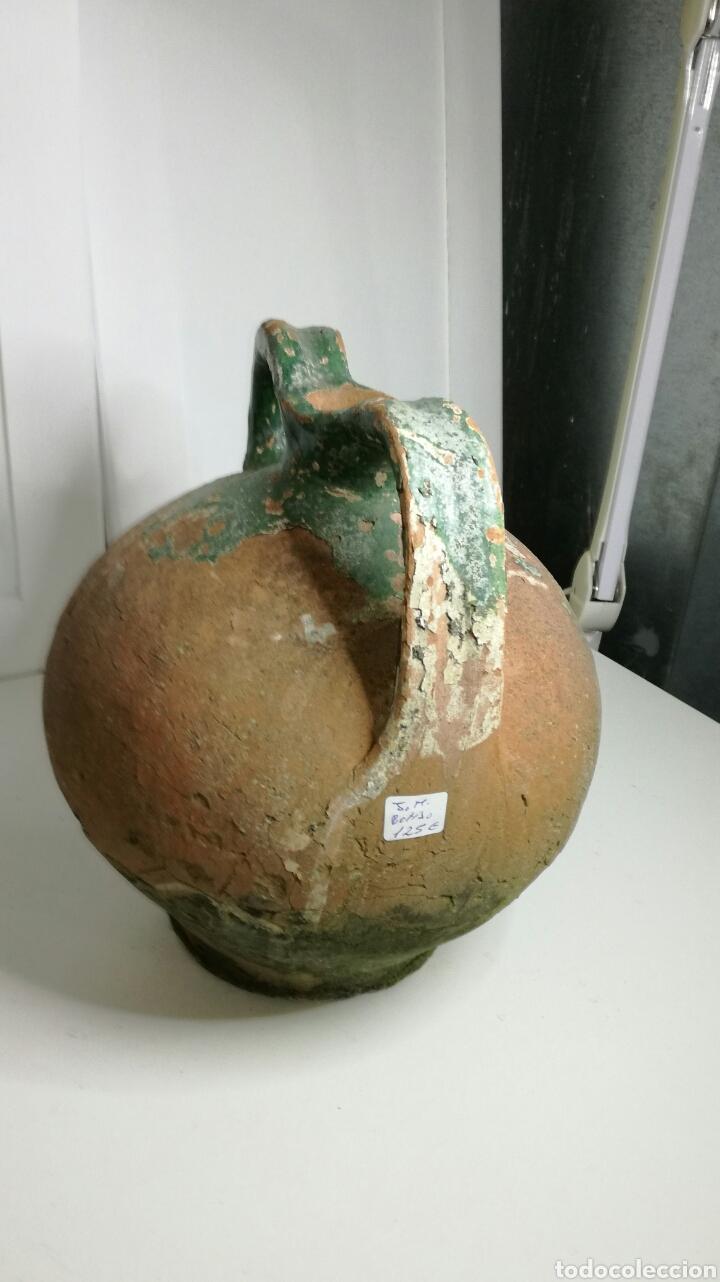Antigüedades: Bonito botijo vasco de barro antiguo - Foto 2 - 133225937