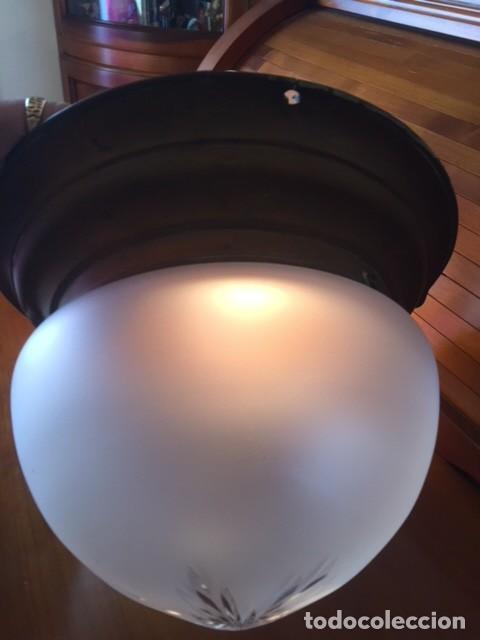 ANTIGUA LÁMPARA APLIQUE METAL CON TULIPA Y GLOBO CRISTAL TALLADO MODERNISTA AÑOS 20-30 (Antigüedades - Iluminación - Apliques Antiguos)