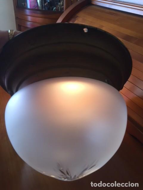 Antigüedades: Antigua lámpara aplique metal con tulipa y globo cristal tallado modernista años 20-30 - Foto 8 - 133240694