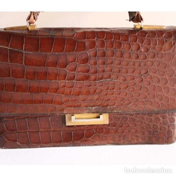 Antigüedades: Antiguo bolso de piel de cocodrilo - Foto 2 - 133244410