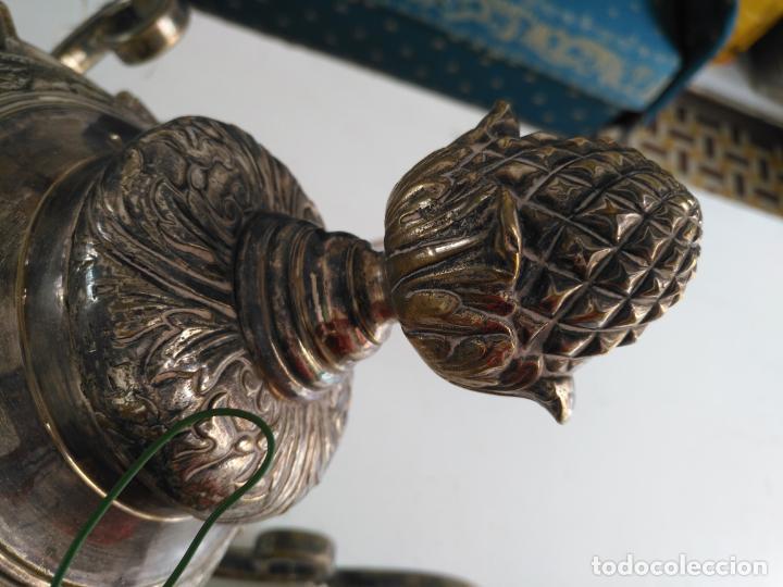 Antigüedades: muy grande lampara araña 8 brazos bronce macizo baño plata 3 esculturas angeles o niños jesus - lee - Foto 21 - 133251570
