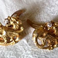 Antigüedades: GEMELOS EN FORMA DE DRAGÓN. ORO AMARILLO Y BRILLANTES. ESPAÑA. AÑOS 30. Lote 133260162