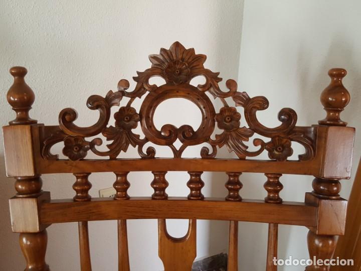 Antigüedades: Mecedora de madera con respaldo madera tallada y reposapies - Foto 2 - 133278274