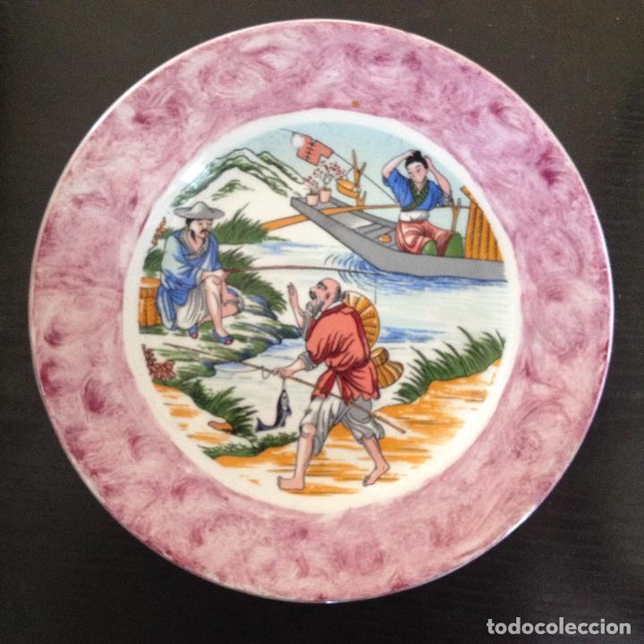 PLATO PINTADO A MANO ESCENA ALGUN PAIS DE ASIA (Antigüedades - Porcelanas y Cerámicas - Otras)