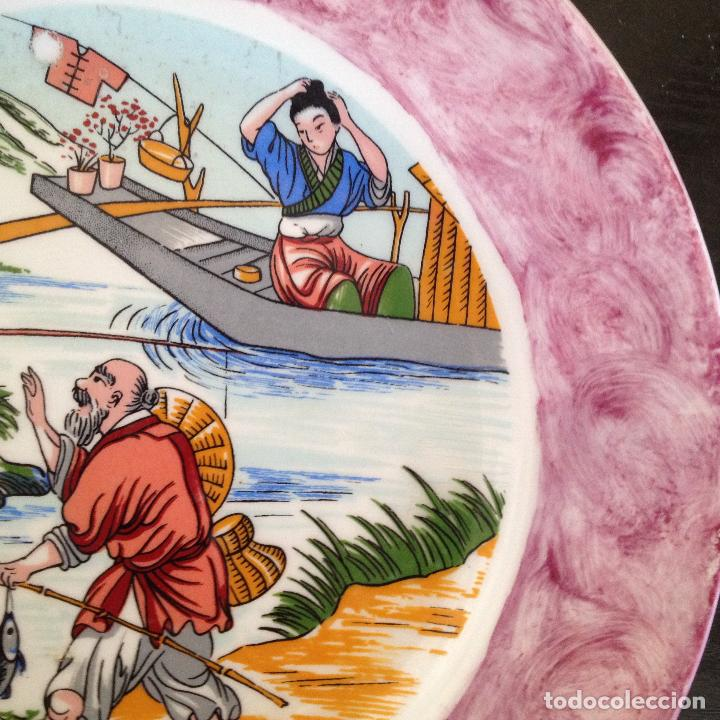 Antigüedades: PLATO PINTADO A MANO ESCENA ALGUN PAIS DE ASIA - Foto 6 - 133281574
