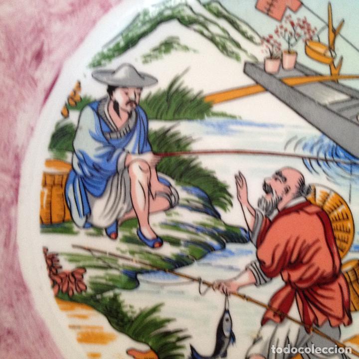 Antigüedades: PLATO PINTADO A MANO ESCENA ALGUN PAIS DE ASIA - Foto 8 - 133281574