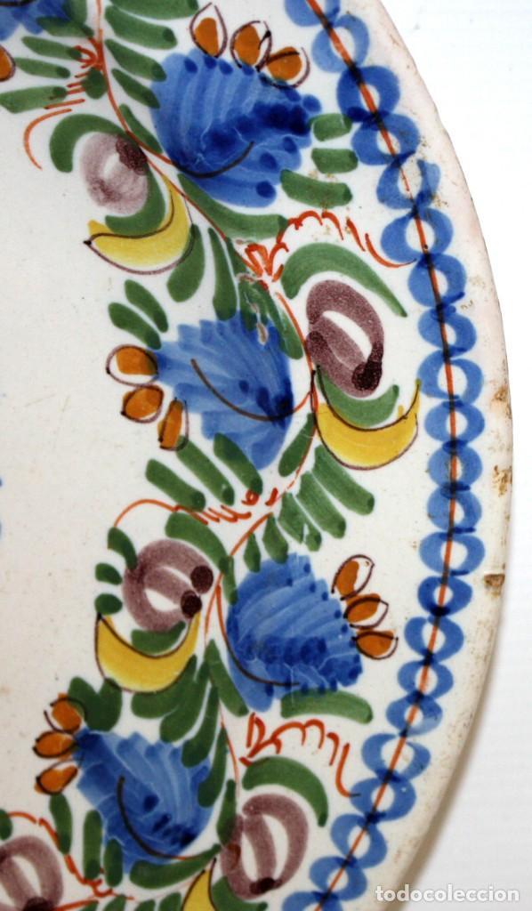 Antigüedades: ANTIGUO PLATO DE RIBESALBES DEL SIGLO XIX. MARCAS EN LA BASE. MANISES - Foto 4 - 133307946
