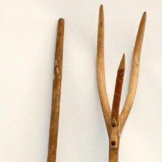 Antigüedades: LOTE DE 2 HORCAS ANTIGUAS EN MADERA. Lote 133310566