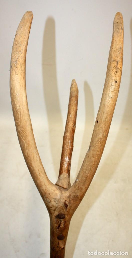 Antigüedades: LOTE DE 2 HORCAS ANTIGUAS EN MADERA - Foto 5 - 133310582