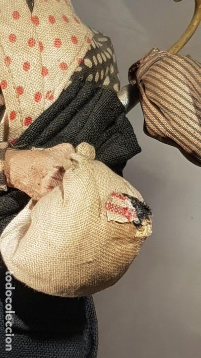 Antigüedades: FANAL PERSONAJES VASCOS - Foto 18 - 111726443