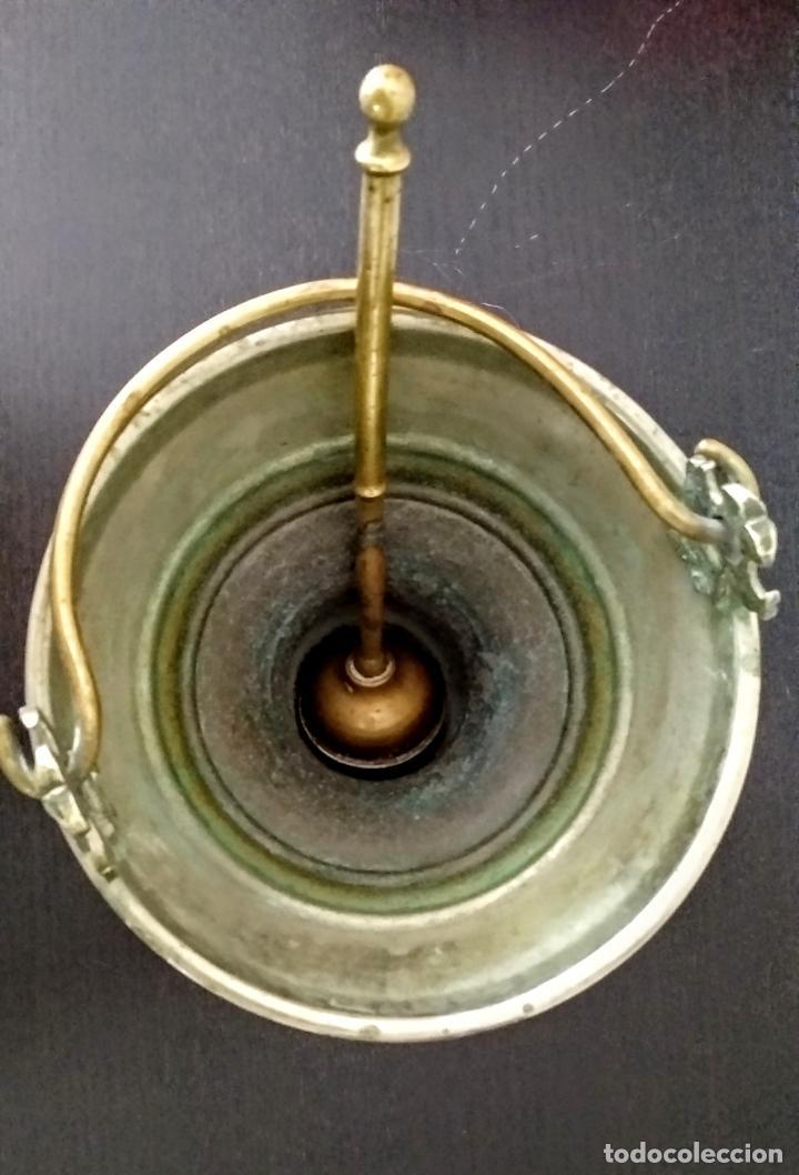 Antigüedades: Acetre en forma de cáliz con aspersorio c.1880-1900 - Foto 7 - 133497310