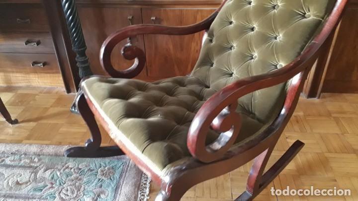 Antigüedades: Mecedora antigua tapizado en capitoné cuero verde estilo inglés. Butaca antigua, sillón antiguo - Foto 2 - 133503602