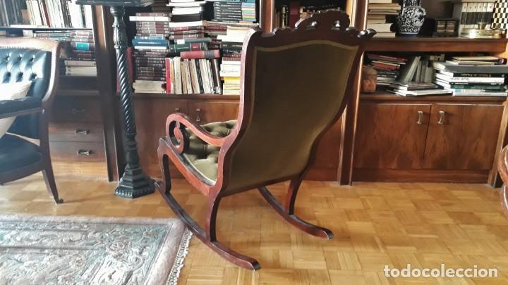 Antigüedades: Mecedora antigua tapizado en capitoné cuero verde estilo inglés. Butaca antigua, sillón antiguo - Foto 7 - 133503602
