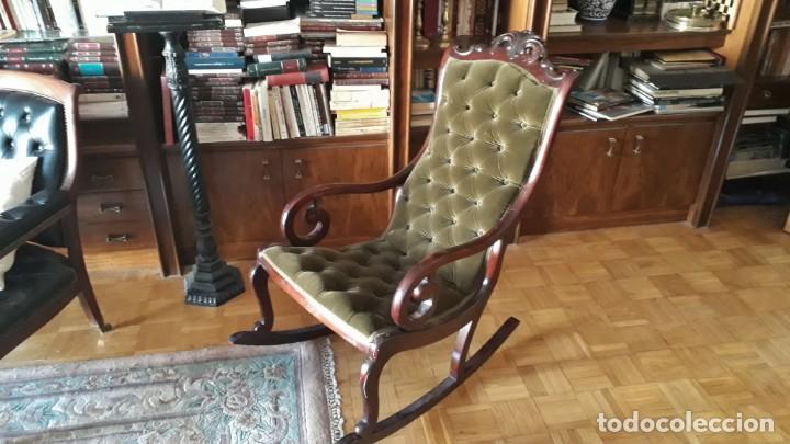 Antigüedades: Mecedora antigua tapizado en capitoné cuero verde estilo inglés. Butaca antigua, sillón antiguo - Foto 9 - 133503602
