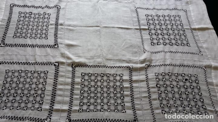 Antigüedades: Antiguo mantel bordado - Foto 6 - 133563902