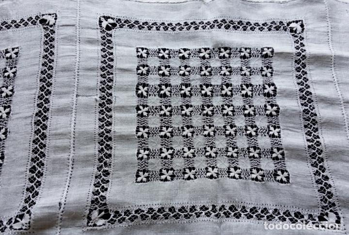 Antigüedades: Antiguo mantel bordado - Foto 10 - 133563902