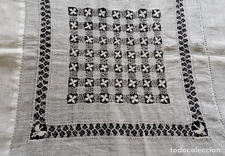 Antigüedades: Antiguo mantel bordado - Foto 13 - 133563902