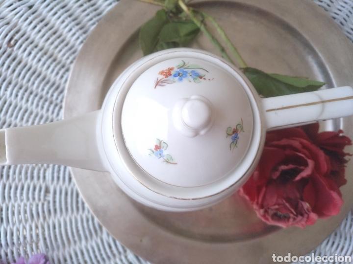 Antigüedades: antigua cafetera tetera de porcelana - Foto 2 - 113514059
