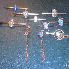 Antigüedades: LOTE DE 10 AGUJAS DE CORBATA , CIVILES Y MILITARES BUEN ESTADO . Lote 133621126