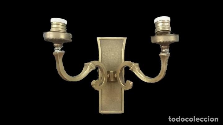ANTIGUO APLIQUE, CANDELABRO, FAROL DE BRONCE DEL CASINO MERCANTIL DE ZARAGOZA. ESTILO NEOCLÁSICO. (Antigüedades - Iluminación - Apliques Antiguos)