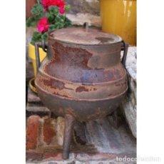 Antigüedades: ANTIGUO POTE DE FUNDICIÓN DE HIERRO. Lote 133633834