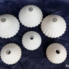 Antigüedades: 6 TULIPAS GLOBO ANTIGUAS DE OPALINA. Lote 133659830