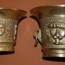 Antigüedades: LOTE DE DOS MORTEROS DE BRONCE LABRADOS-04 AB. Lote 133705030