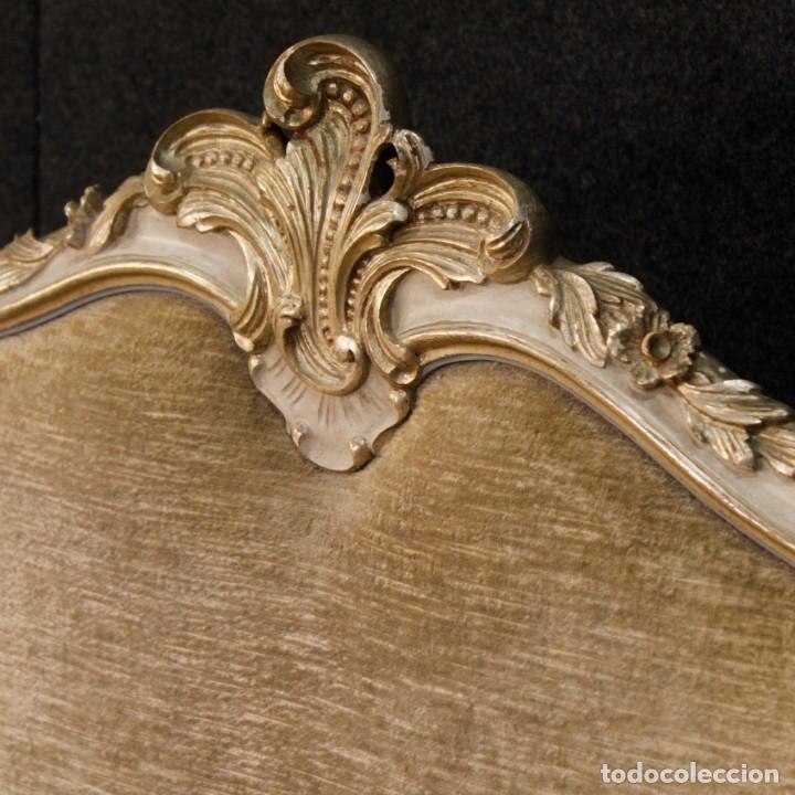 Antigüedades: Cama veneciana en madera lacada y plateada con terciopelo - Foto 4 - 133730494