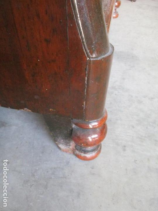 Antigüedades: Antigua Cómoda Isabelina Bombeada - Madera de Raíz de Caoba - Mármol Blanco - S. XIX - Foto 14 - 133731566