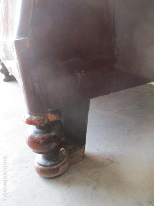 Antigüedades: Antigua Cómoda Isabelina Bombeada - Madera de Raíz de Caoba - Mármol Blanco - S. XIX - Foto 18 - 133731566