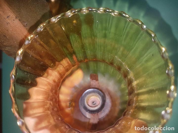 Antigüedades: Lote 2 apliques lámparas de pared hojas y tulipa de cristal ambar - Foto 5 - 133732910