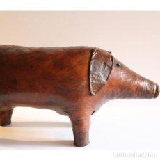 Antigüedades: ANTIGUO CERDO OTOMANO REPOSAPIES. Lote 133736118