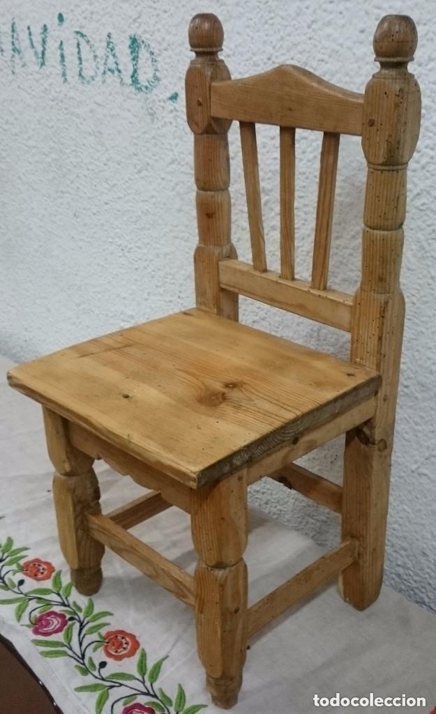 Antigüedades: Antigua silla de madera de pino de niños. Restaura. Única. 68x32x31 cm. Leer y ver fotos. Única - Foto 2 - 121346995