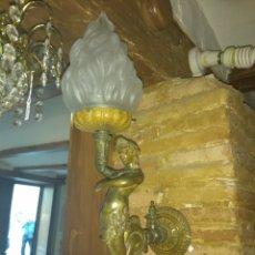 Antigüedades: PRECIOSO APLIQUE SIRENA DE BRONCE. Lote 133849510